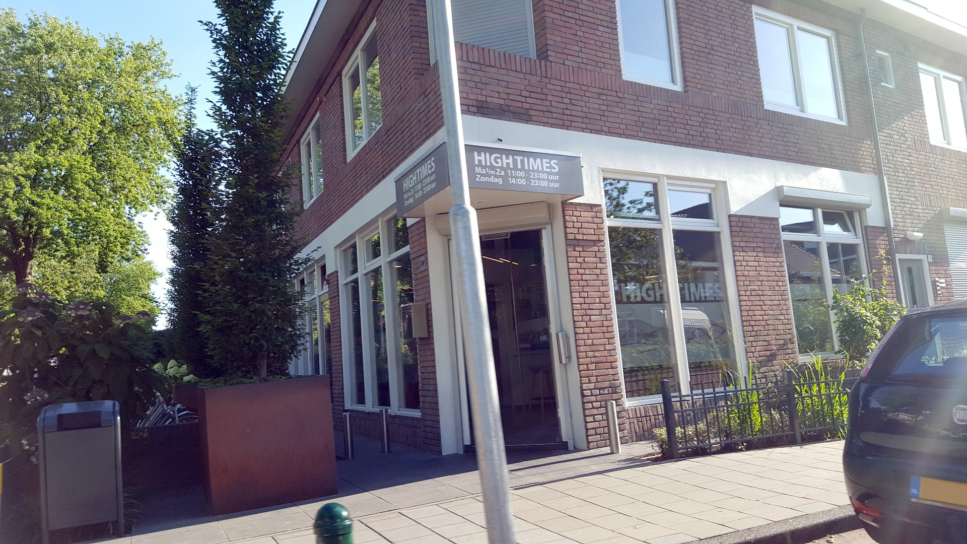 Coffeeshop High Times Eindhoven: voordeur